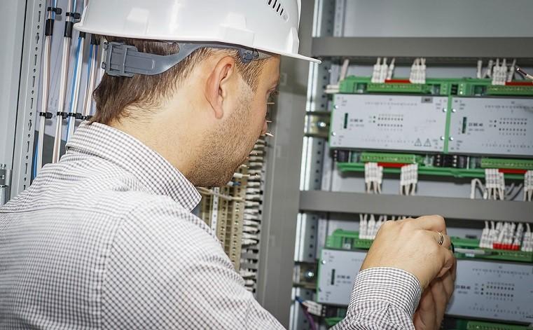 Sistem BlueMonitor monitorizare consumuri energetice
